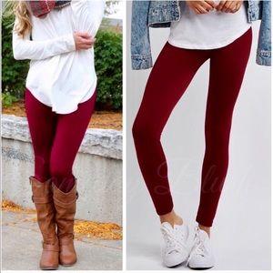 ⭐️Brand new Wine Fleece Leggings, One Size